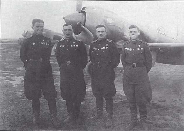 Les couleurs d'un La-5 FN en juillet 43.... Pic_39
